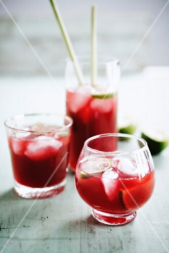 Bissap juice, lemon juice and honey cocktail