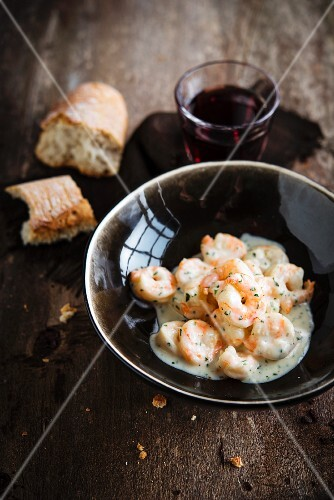 Shrimp with cheese and herb sauce