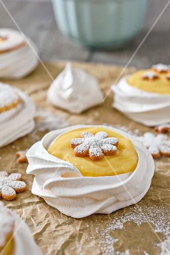 Revisited lemon meringue pies