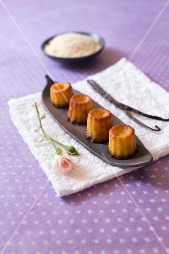 Vanilla cannelés (traditional cakes from Bordeaux)