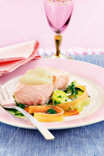 Salmon steak with celery cream and vegetable tagliatelle with herbs