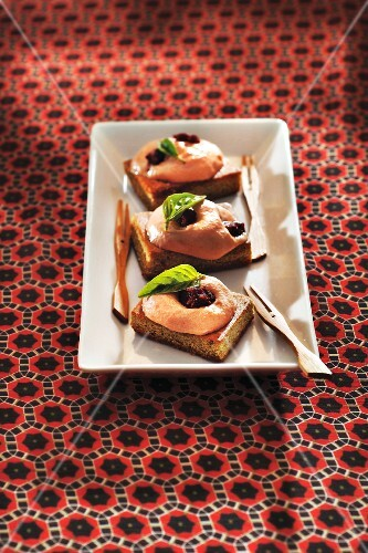 Grilled Panisse with pepper and tomato mousse