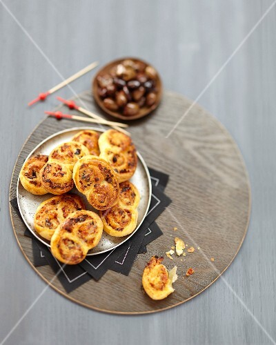 Mini parmesan and olive Palmiers
