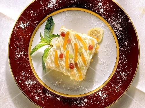 Zuppa inglese (sponge with vanilla cream, Italy)